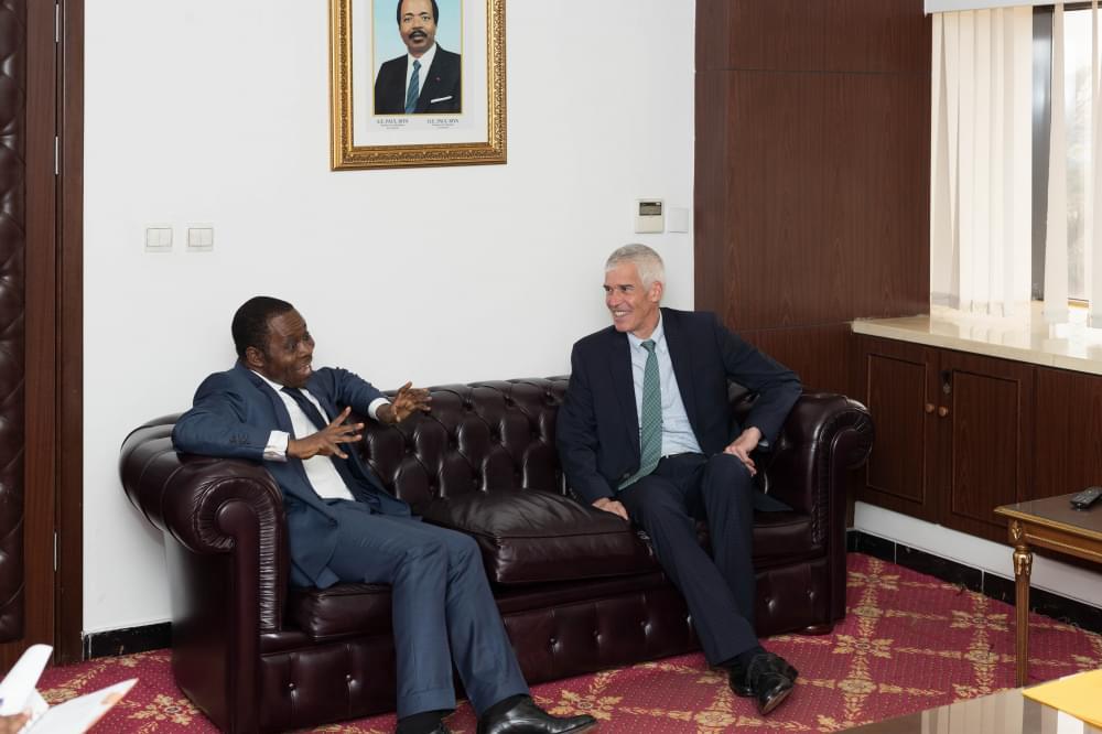 Coopération énergétique : l'ambassadeur des Etats-Unis chez le Minee