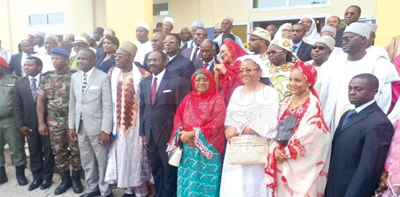 Image : «Pour le libéralisme communautaire»: le livre présidentiel fait courir à Garoua