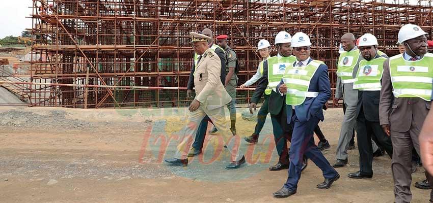 Joseph Dion Ngute a vu l'évolution des différents chantiers.