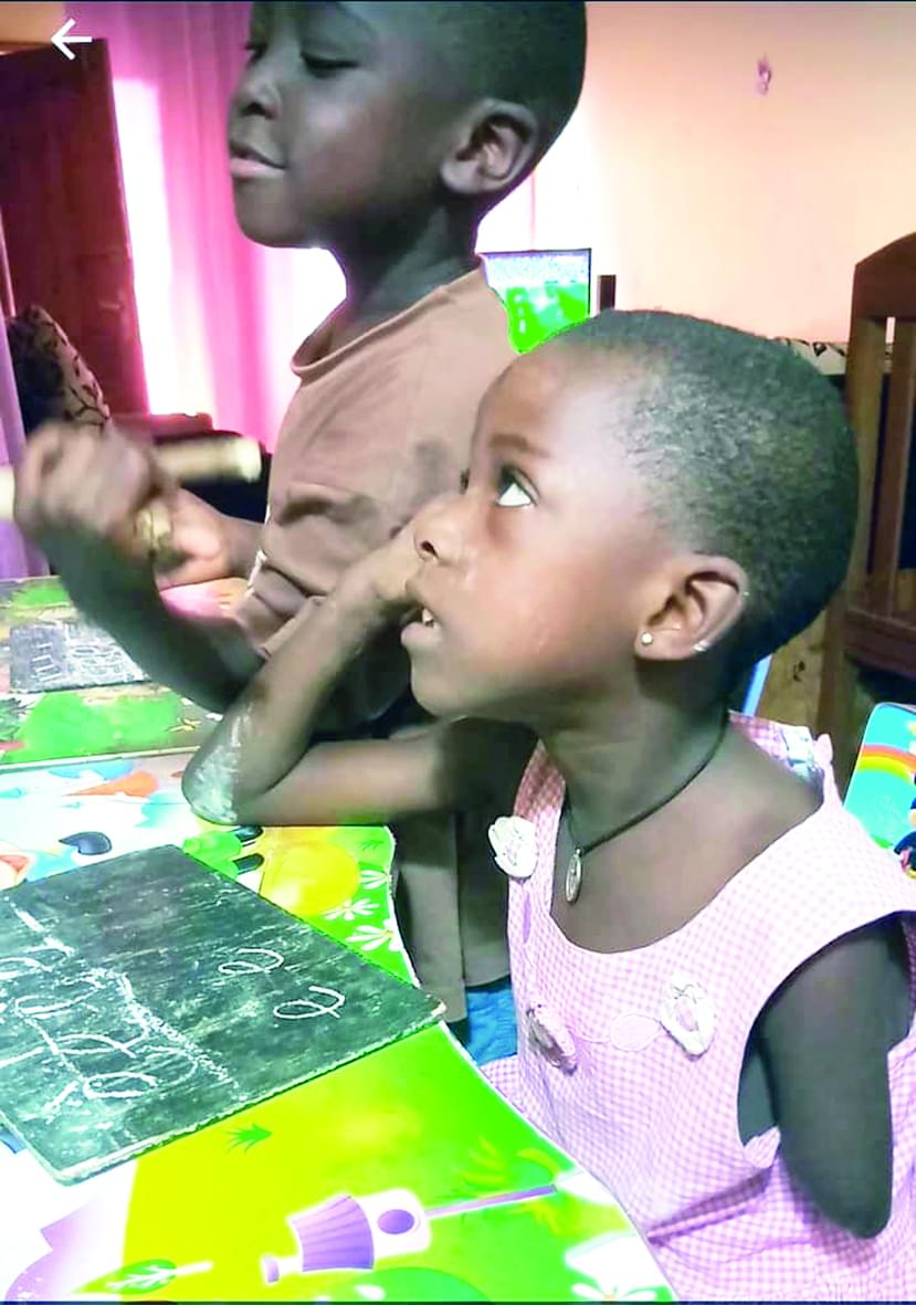 Affaire de la petite : Alima Son bienfaiteur l'a adoptée