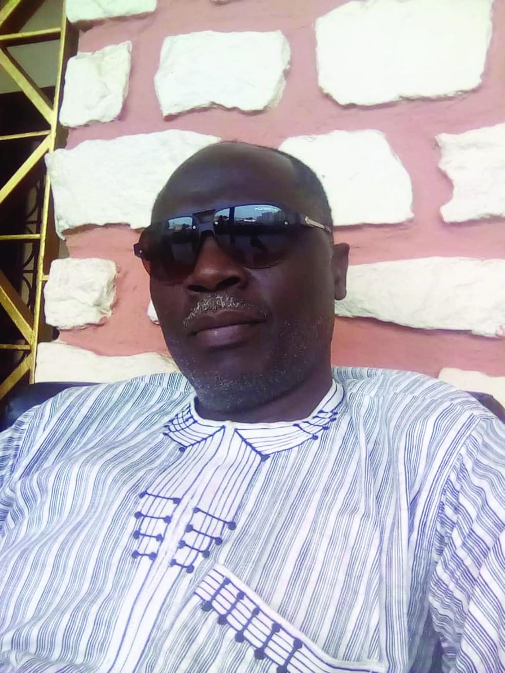 Emmanuel Francis Njifenji, expert en développement local.
