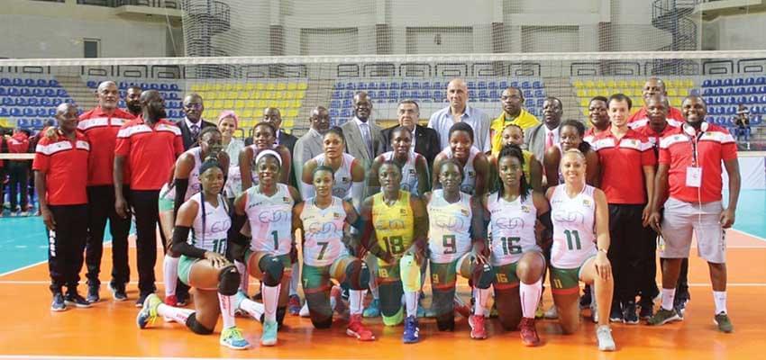 Un bel hommage pour les championnes d'Afrique.