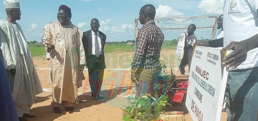 Les jeunes de Yagoua passeront des vacances utiles grâce au matériel reçu du Minjec.