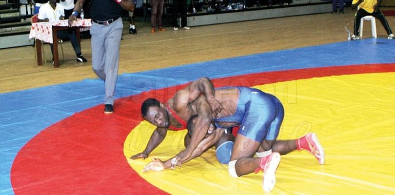 Image : Luttes olympiques: Yaoundé tient son tournoi