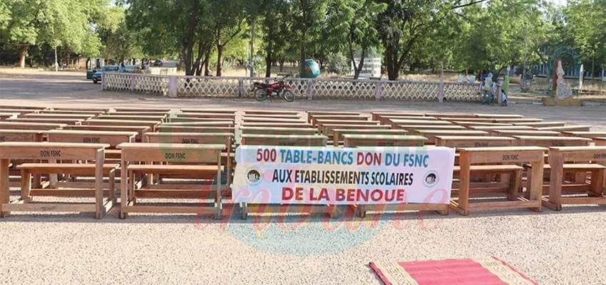 Image : Garoua : le Fsnc offre des tables-bancs