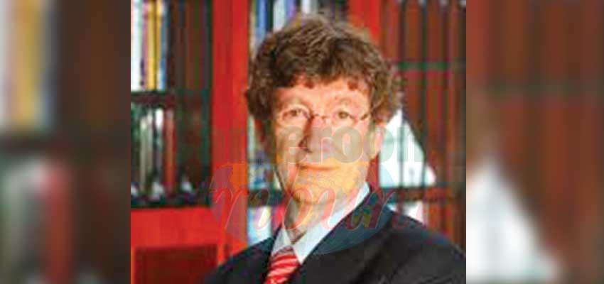 Charles C. SELF : « La Constitution protège les faibles. »