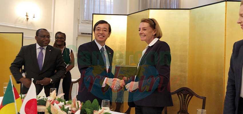 Lutte contre les maladies infectieuses : le Japon offre 62 millions de F