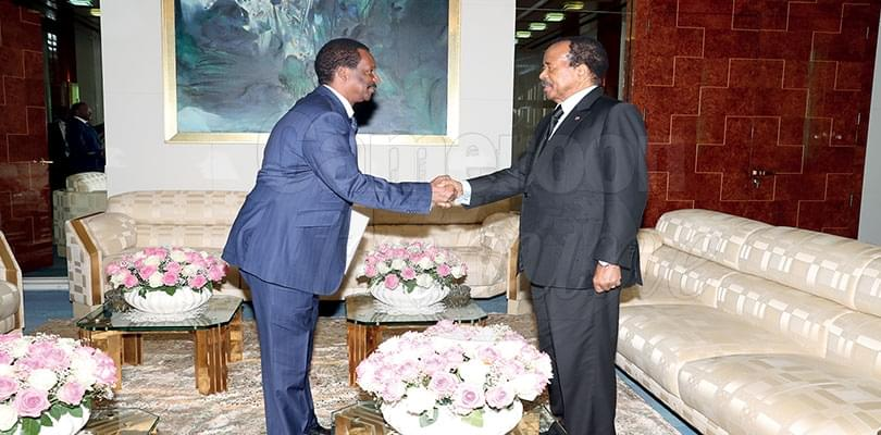 Image : Cameroun-Guinée: Alpha Condé écrit à Paul Biya