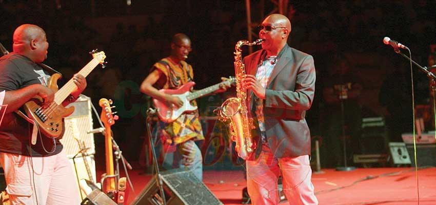 Manu Dibango : 60 ans de souffle