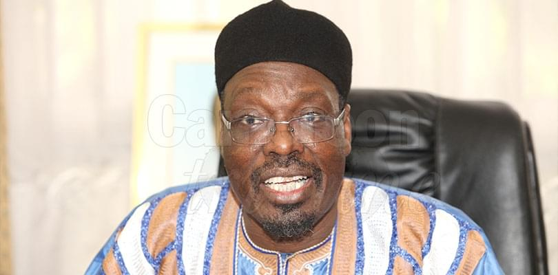 Image : « je fais du porte-à-porte pour Paul Biya »