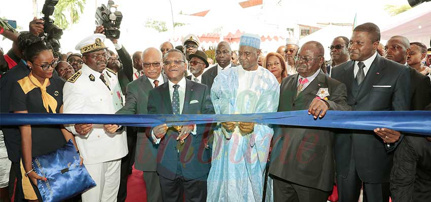 "PM Inaugurates New ""La Falaise"" Hotel"