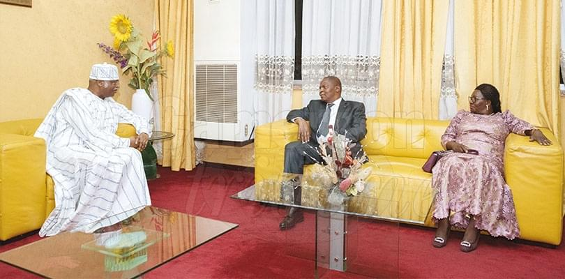 Image : President Touadera and Wife Received in Yaounde