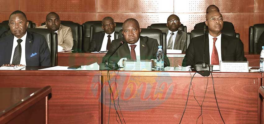 Image : Regional Councillors Bills Examined in Senate