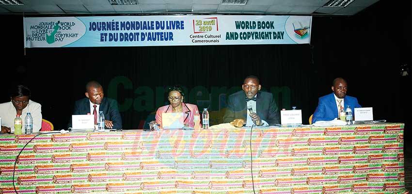 Journée mondiale du livre: le droit d'auteur en débat