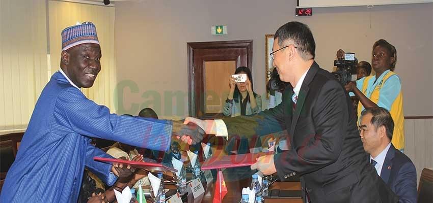 Image : Plan d'assistance humanitaire des régions du Nord-Ouest et du Sud-Ouest: L'aide de 1,8 milliards de la Chine au Cameroun
