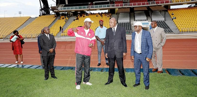 Image : National Football Academy: Minister Encourages Hard Work