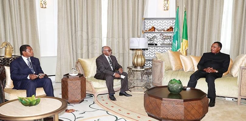 Image : Présidentielle 2018: Denis Sassou Nguesso félicite Paul Biya
