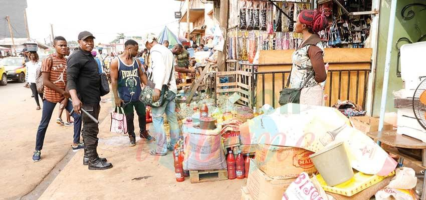 Yaounde : Shopping Centres Review Activities