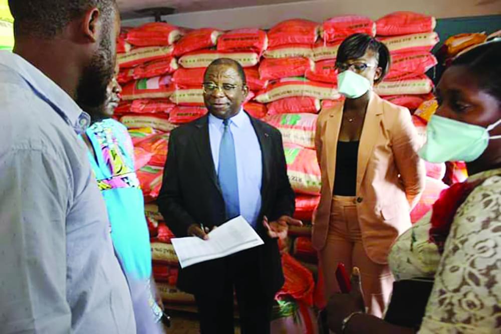 Consommation : des entrepôts de riz scellés