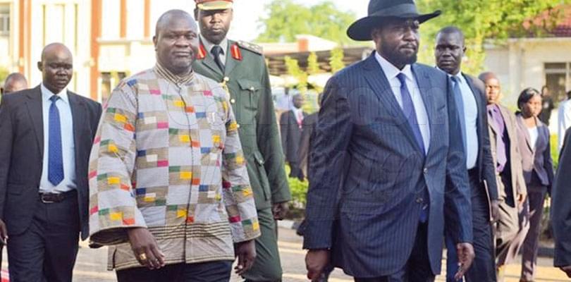 Image : Soudan du Sud: on fume le calumet de la paix