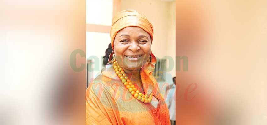 Élise Mballa Meka, PCA de la Société civile des droits de la littérature et des arts dramatiques (Sociladra).