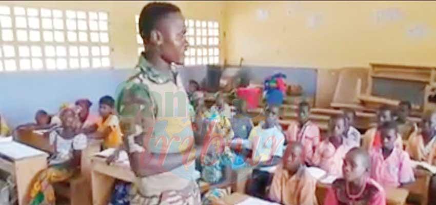 Un militaire, enseignant dévoué.