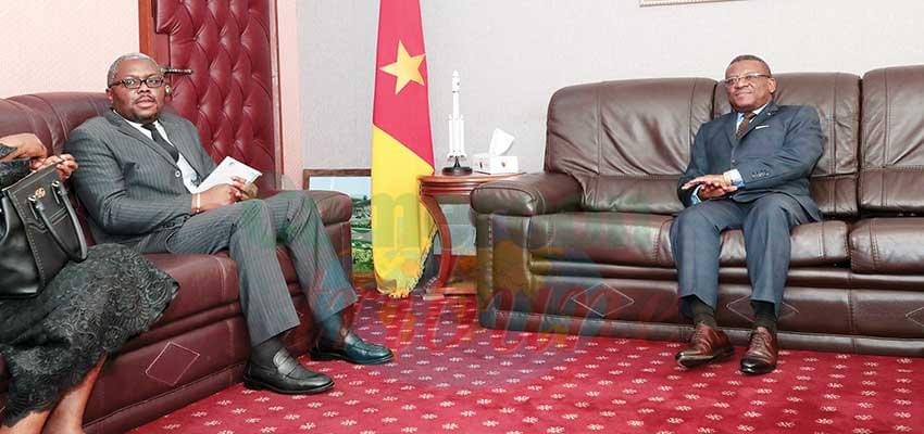 Prime Minister Dion Ngute and African Human Rights Commission official.