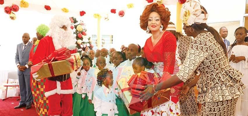 Arbre de Noël: les Coccinelles communient avec Chantal Biya