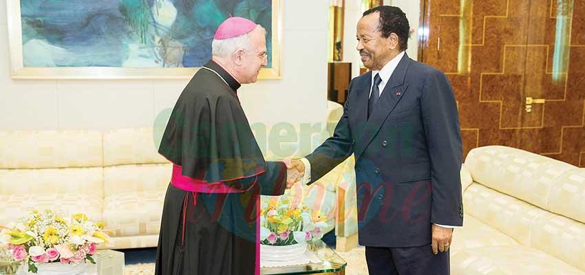 Image : Cameroun-Vatican: le pape François écrit à Paul Biya