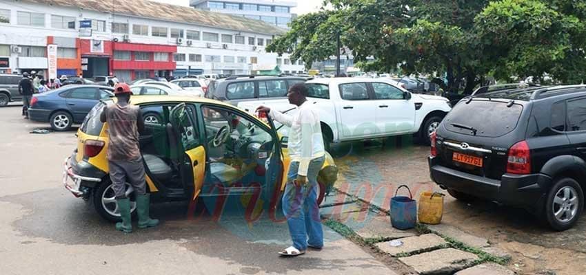 Douala: les laveurs de la place du Gouvernement sollicitent une rencontre