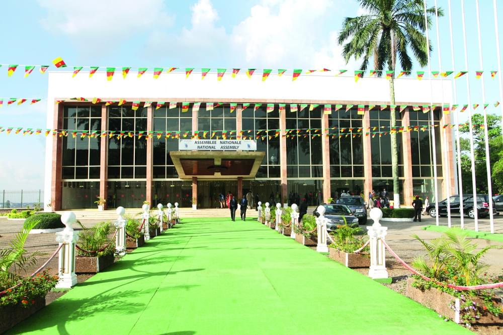Ce mardi, les travaux à l'Assemblée nationale s'ouvrent après les résultats du double scrutin du 9 février 2020.