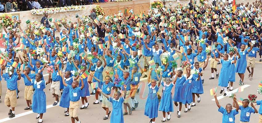 Civilian March-Past: Pupils Portray Patriotism
