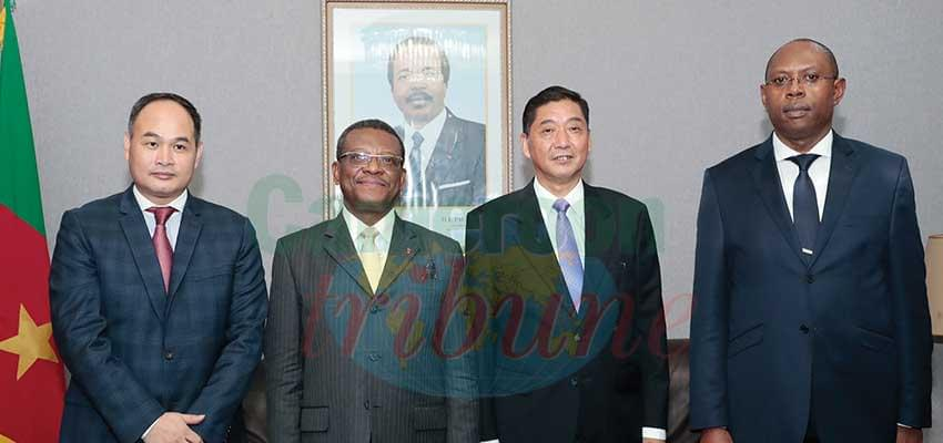 PM Joseph Dion Ngute with officials of the Chinese companies.