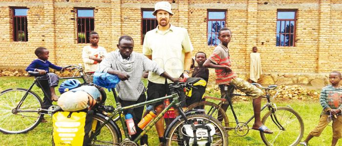 Image : Discovering Africa: South African Cyclist Tours Continent